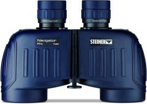 Steiner-Navigator-Pro-7x50-debout